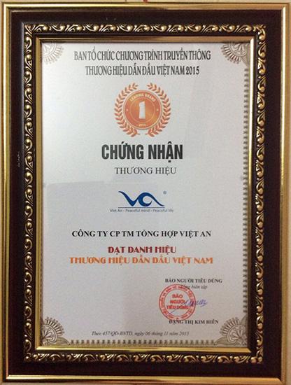 Giấy chứng nhận thương hiệu dẫn đầu Việt Nam năm 2015